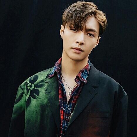 EXO Lay profile