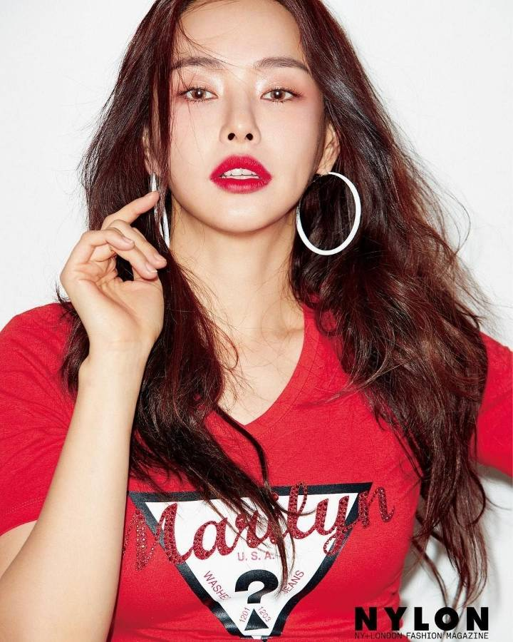 Lee Hanee For NYLON Magazine March Issue | Kpopmap