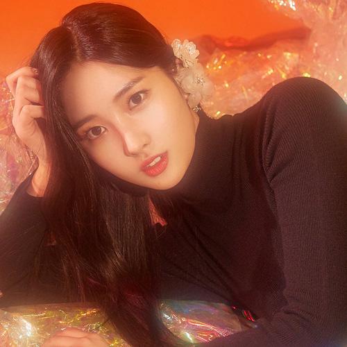 EVERGLOW SiHyeon profile