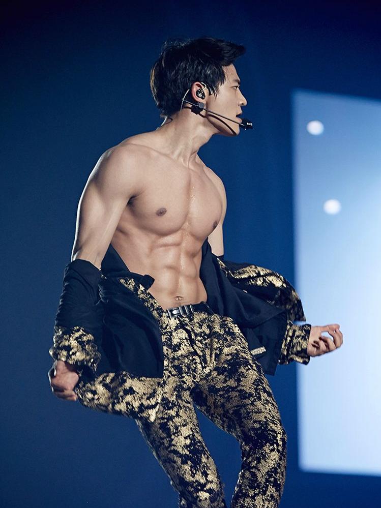 Các idol Kpop có thể ăn cả thế giới nhưng chả hề tăng cân mà còn sở hữu body tuyệt đỉnh ảnh 3
