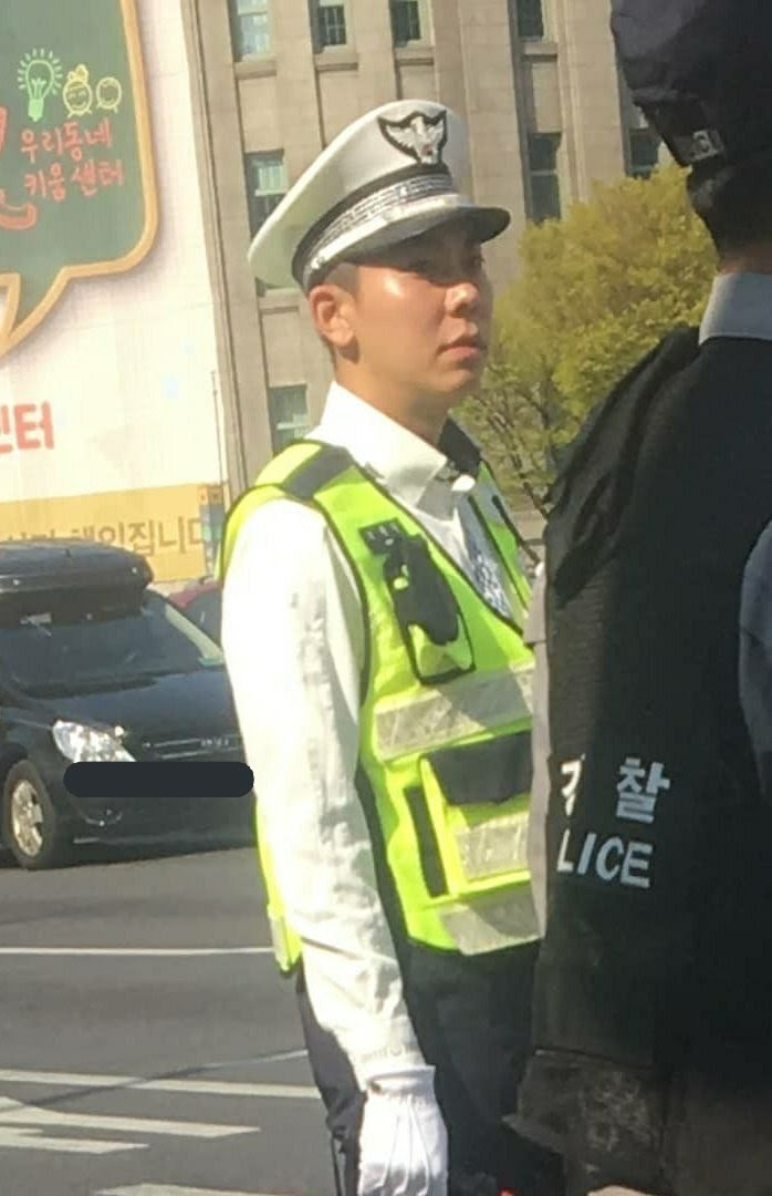 loco police officer