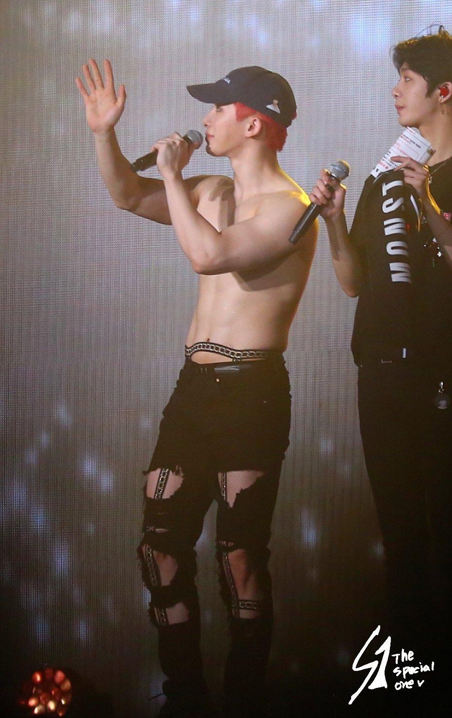 Wonho monsta x, wonho abs, wonho fashion, wonho 2019, wonho concert