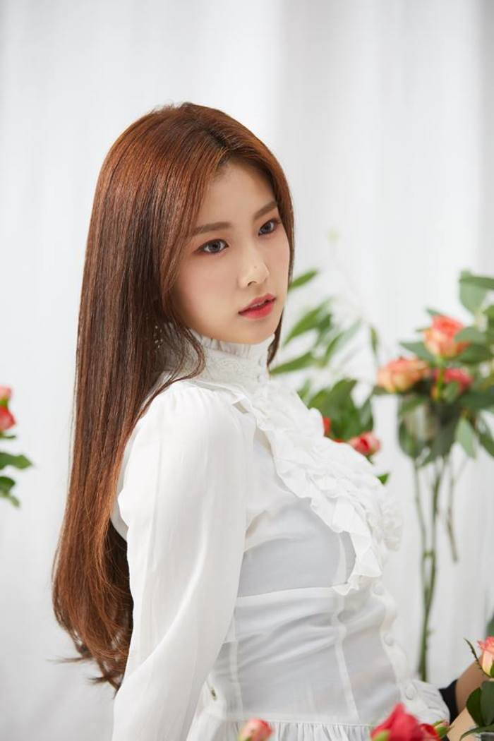 Reasons Why IZ*ONE Kang HyeWon Has So Much Potential   Kpopmap