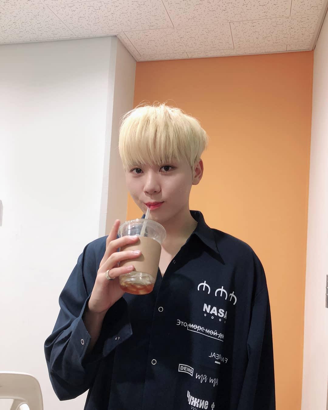 seventeen, seventeen profile, seventeen members, seventeen age, seventeen leader, seventeen seungkwan, seungkwan