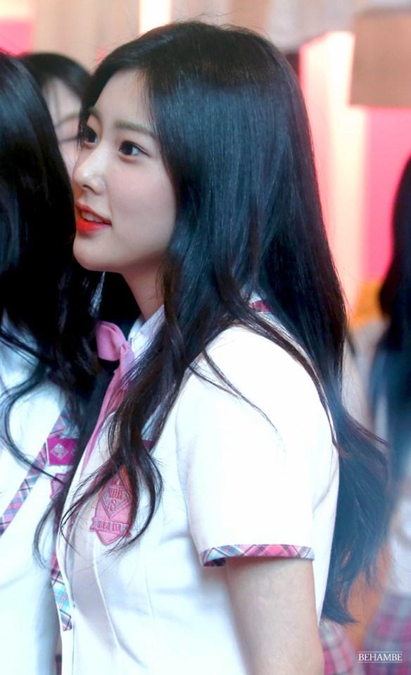 izone, izone profile, izone members, izone age, izone facts, izone height, izone leader, izone produce 48, produce 48, izone kang hyewon, kang hyewon