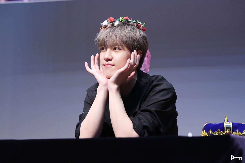 kim donghan, kim donghan facts, kim donghan height, kim donghan profile, kim donghan age, kim donghan songs, kim donghan debut, kim donghan oui, oui entertainment