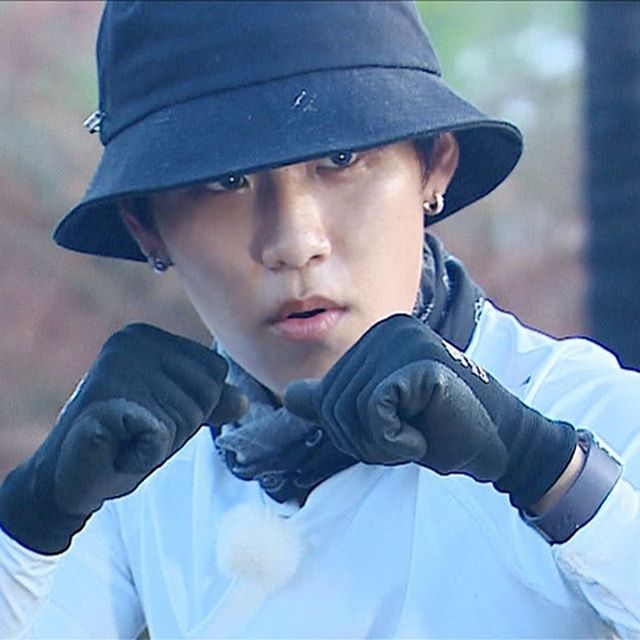 law of the jungle, bare face, no makeup, idol bare face, idol no make up, woojin jungle, woojin bare face