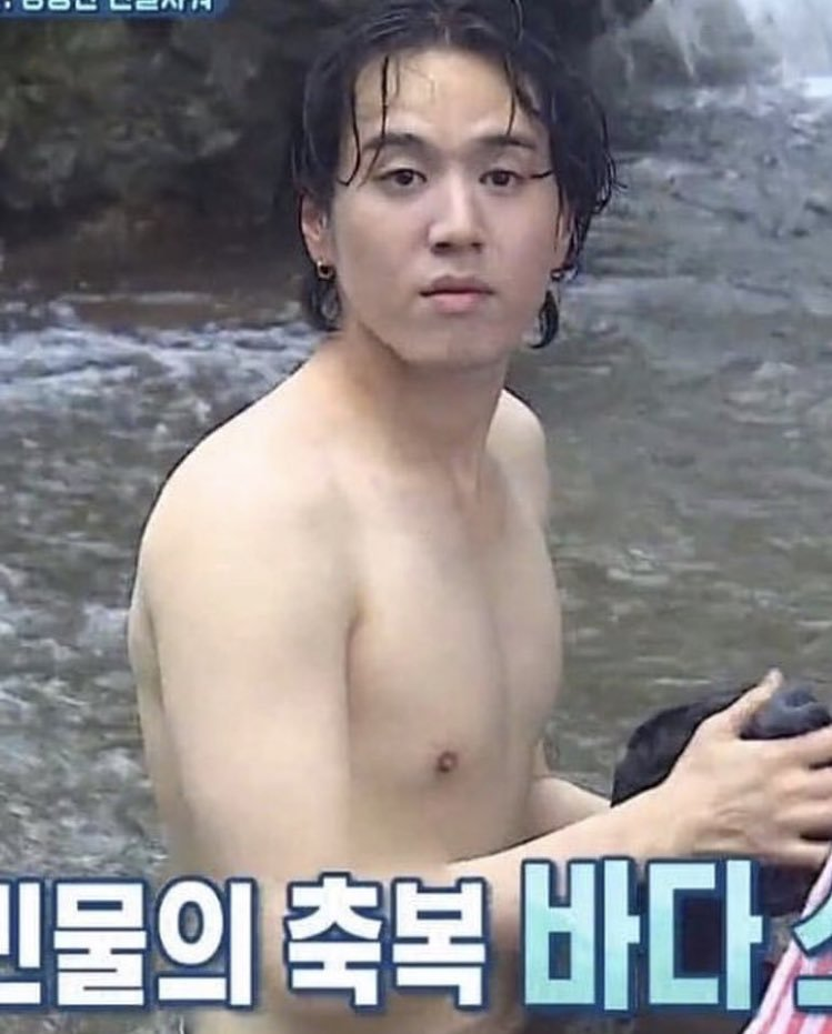 law of the jungle, bare face, no makeup, idol bare face, idol no make up, yugyeom jungle, yugyeom bare face