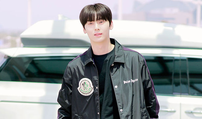 airport fashion idols, korea airport fashion, kpop airport fashion, minhyun airport fashion, nuest minhyun fashion, minhyun aiport fashion