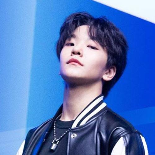 BOY STORY XinLong profile