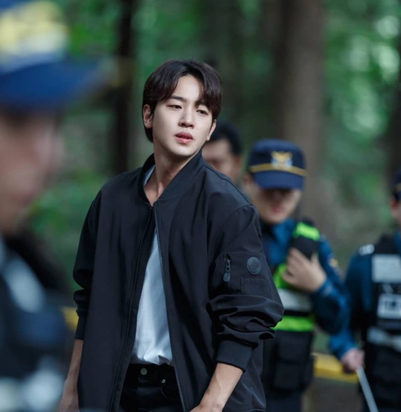 yeonwoo hotel del luna, lee taesun instagram, lee taesun actor, lee taesun