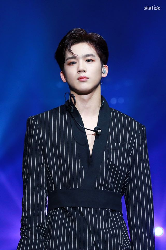 X1's Kim YoHan Exposed Forehead Is Causing A Frenzy Among ONEIT