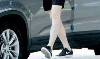 TOP 5 Male Idols' Legs Prettier Than Girls'