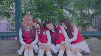 MV )) LOONA 1/3 - You And Me Together