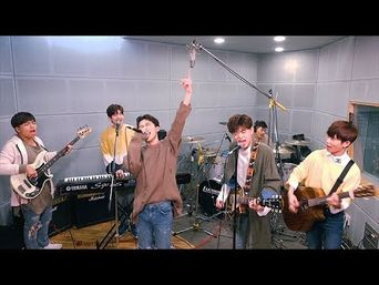 Video )) TheEastLight - DNA (BTS Cover)