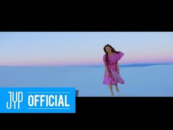 Teaser )) Suzy - Holiday #2