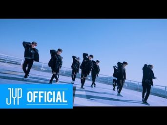 MV )) Stray Kids - Young Wings (Performance Ver.)
