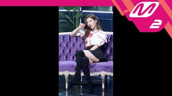 Video )) Suzy - Holiday (4K Fancam Ver.)