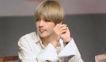 Top 5 Hottest Male K-Pop Idols Chosen By 100 K-Pop Idols