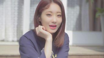 MV )) 9MUSES KyungRi X Choi NacTa - BomBom