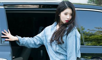 Lovelyz's MiJoo Gains Attention For Her Unique Way Of Going To Work