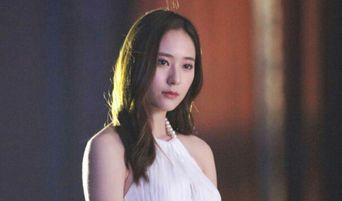 Fans Love Krystal In A Gorgeous White Dress In The Set Of Her Chinese Drama