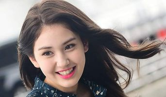 The Reason Why Letting Jeon SoMi Go Was An Option For JYP Entertainment