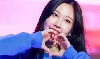 MOMOLAND's NaYun Writes Letter To Fans On Birthday, Updates On Health Condition