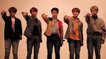 Exclusive Photography From 7 O'clock '#7' Showcase