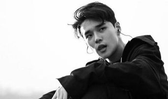 DEAN Responds To Rumors Of Him Luring Pretty Girls Into  His Studio