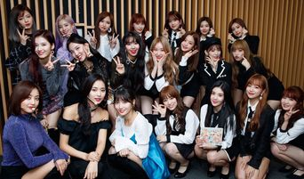 IZ*ONE's Nako Is A Successful Fangirl By Taking Picture With TWICE
