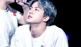 Fans Find Even The Adam's Apple Of These 6 Male Celebrities Charming
