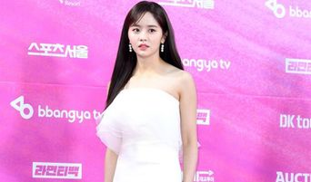 3 Prettiest White Dresses On The Red Carpet Of Seoul Music Awards 2019