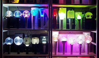 Budget Light Sticks For Broke K-Pop Fans