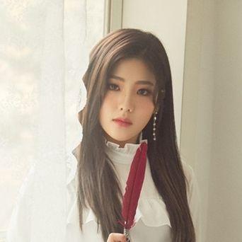 Jo HyeYeon