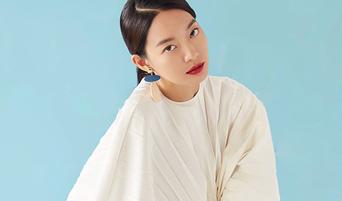 Shin MinA For ELLE Korea Magazine February Issue 2019