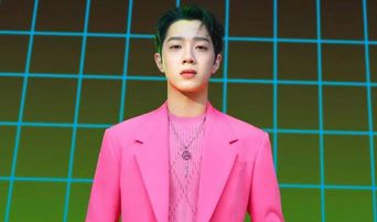 Lai KuanLin Opens Up Official Social Media Accounts, Greets Fans With Selfie