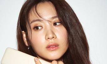 Claudia Kim For ELLE Korea Magazine April Issue