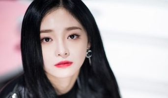 [CORRECTED] PRISTIN Having Disbanded Now Almost Certain After KyulKyung Opens Instagram After Kyla
