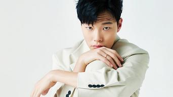 Ryu JunYeol For ELLE Korea Magazine May Issue (+ Behind-the-Scene)