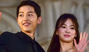 Insider Claims Song JoongKi Filed For Divorce Without Discussing With Song HyeKyo As A 'Warning'