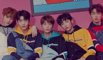 There May Potentially Be A Connection Between TXT & LOONA