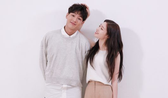 Ji Soo X Jung ChaeYeon For Marie Claire Magazine August Issue