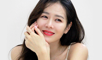 Son YeJin, Commercial Shooting Behind-the-Scene