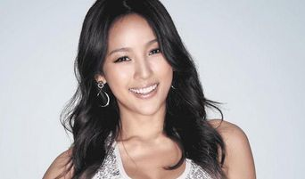 Lee HyoRi Turns 41 This Year But Is Still One Of The Hottest K-Pop Stars In The Industry