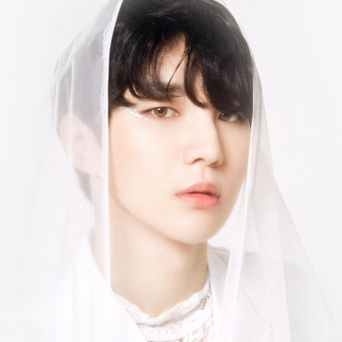 NOIR Lee JunYong