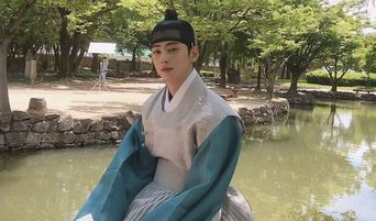 """ASTRO's Cha EunWoo Is The Cutest When He Excitedly Discovered This On The Set Of Drama 'Rookie Historian Goo Hae Ryung"""""""