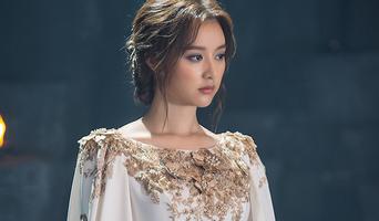Kim JiWon, Drama 'Arthdal Chronicles' Poster Behind Shooting Scene