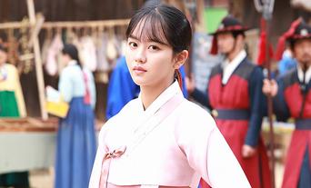 Kim SoHyun, 'The Tale of Nokdu' Drama Set Behind-the-Scene