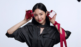 Son NaEun, Perfume Commercial Shooting Behind-the-Scene